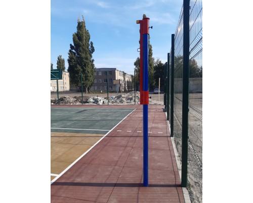 Майданчики для гри в баскетбол і волейбол в Гімназії №95